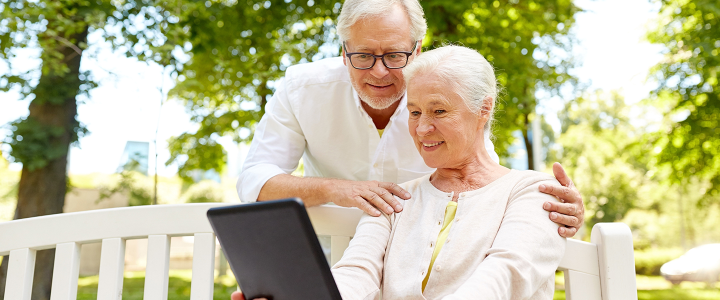 Seniors have a great customer experience using digital health insurance technology